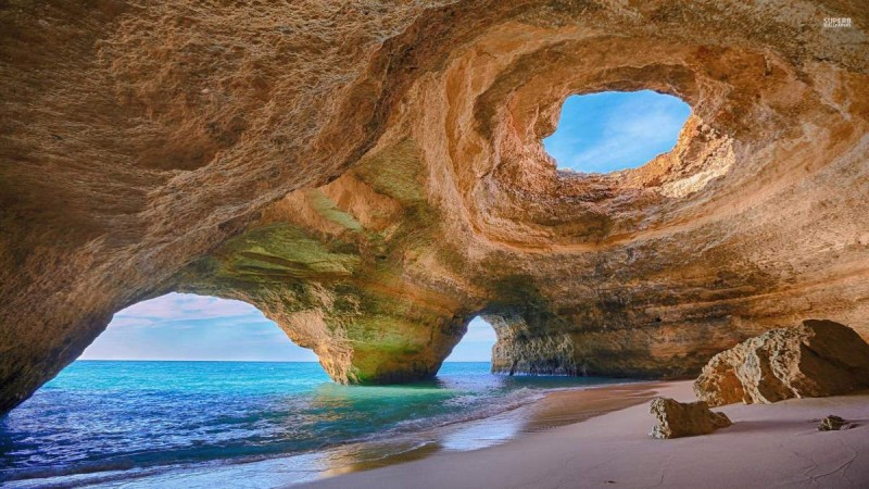 Sea-Cave-Benagil-Beach-Algarve-Portugal